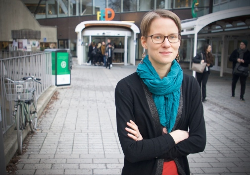 Researcher Aino-Maija Aalto outside of Stockholm University